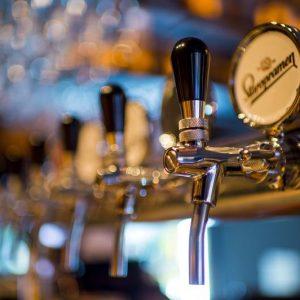 A cerveja artesanal é o novo vinho Saiba um pouco mais sobre este novo culto à bebida de sempre~3